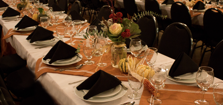 Host a banquet for up to 100 guests in our completely renovated country space
